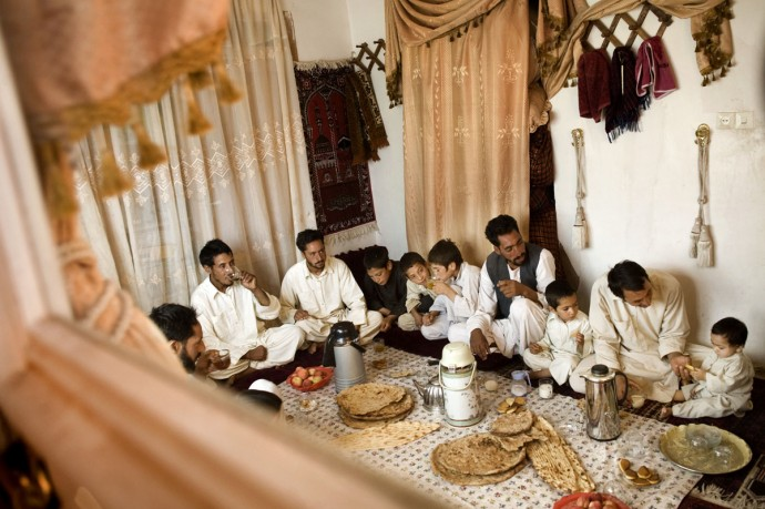 A breakfast of an Afghan family, Herat  - © Giulio Napolitano